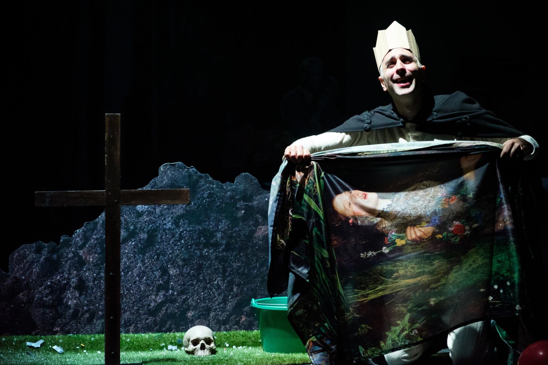 Hamlet > Ventes suspendues